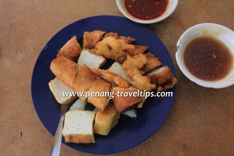 Lor Bak at Kedai Kopi Ho Ping
