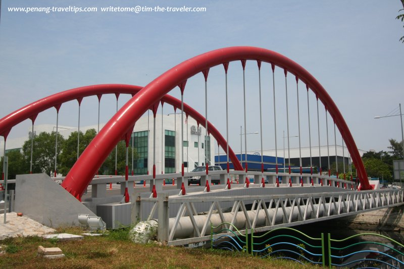 Another view of the Red Bridge of Bayan Baru