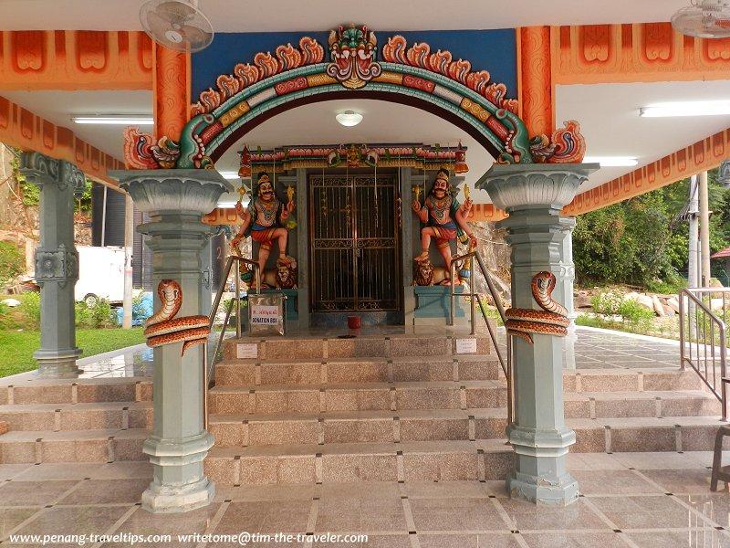 Sanctum sanctorum of the Arulmigu Naga Naathar Temple