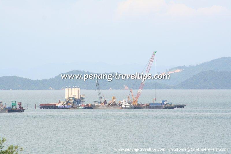 Second Penang Bridge taking shape