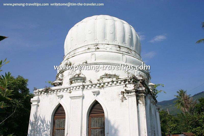 Sheikh Omar Basheer Mausoleum